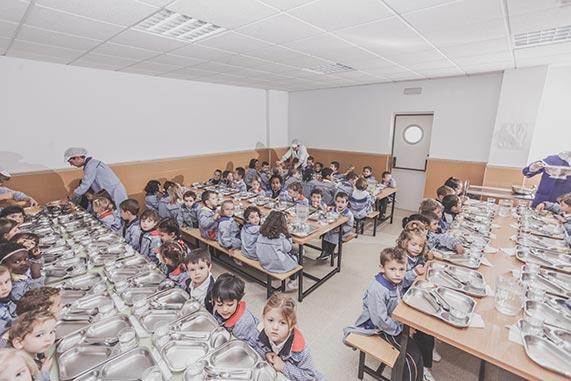 aula pantalla digital colegio